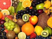 ruits help prevent cancer. Three tips to better eat fruits